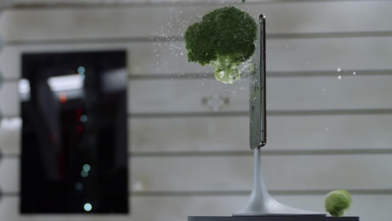 この映像・カメラ・タフさ! iPhone 11 Proの発売まで、公式動画でイメージを膨らませよう