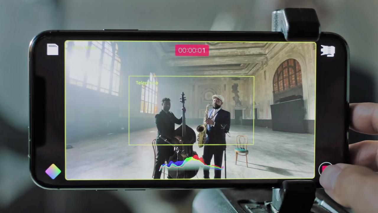 iPhone XS/XRでも複数カメラでの同時撮影ができるって
