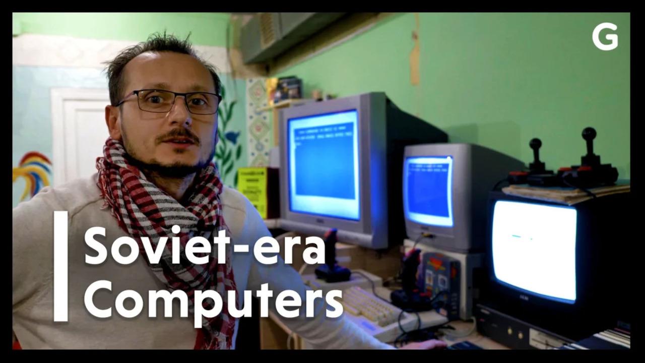 旧ソ連時代のコンピューターを集めて博物館を開いた男性