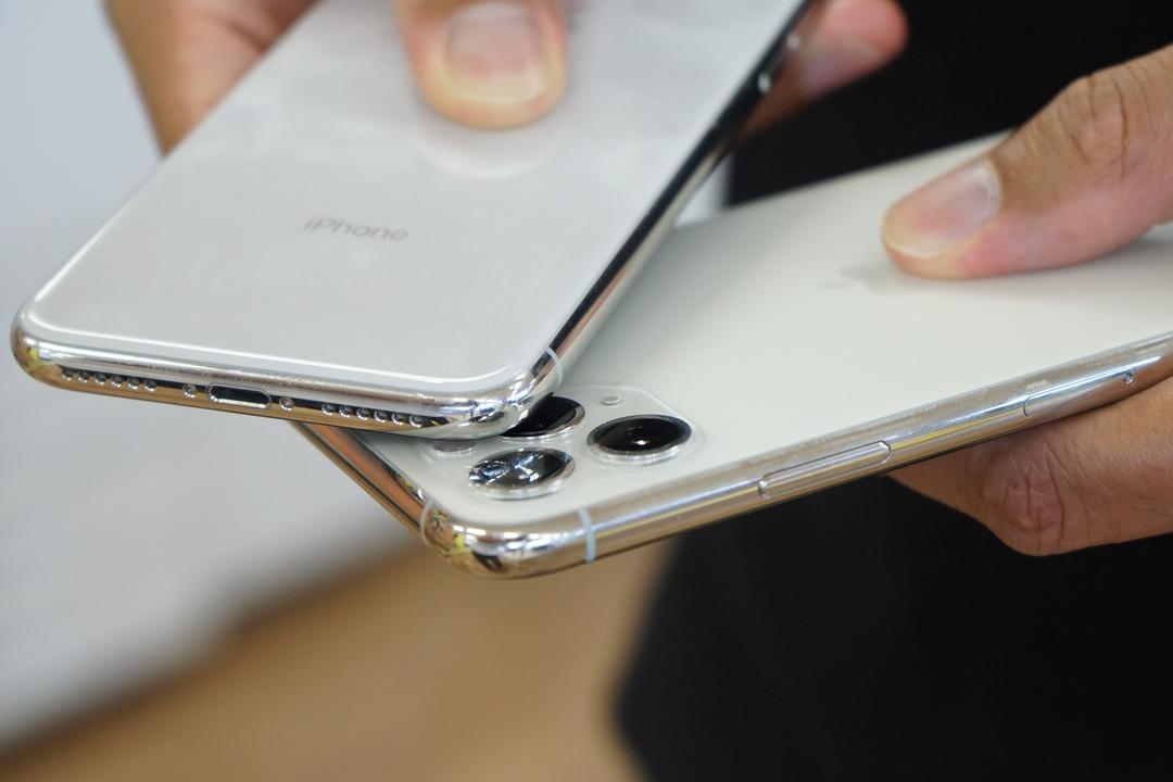 iPhone 11の画面を傷つけた原因がわかった。凶器は…iPhoneだ!