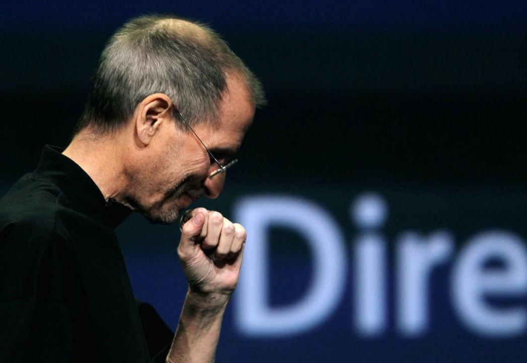 スティーブ・ジョブズとジョナサン・アイヴの夢は、永遠の環の中に完結した。iPhone 11に寄せて