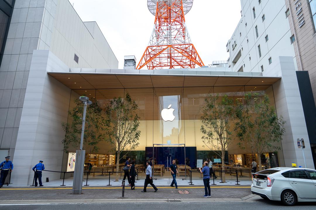Apple 福岡オープン! 竹と苔の演出がすばらしいストアの全貌を明らかにしていくよ
