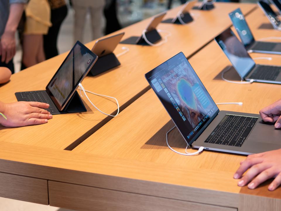 約1万ものLEDを採用した新型ディスプレイを搭載か。おニューなiPadやMacbookが2020年から2021年にも登場する?