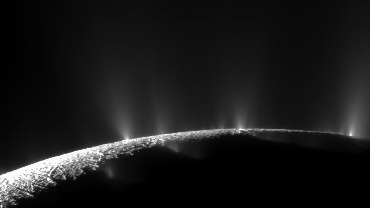 土星の衛星エンケラドゥスでアミノ酸を発見…マジで生命がいるかもしれない!