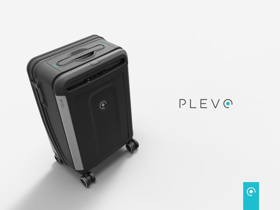 テクノロジーは使わないとね! 航空会社基準にも対応のスマートスーツケース「PLEVO」