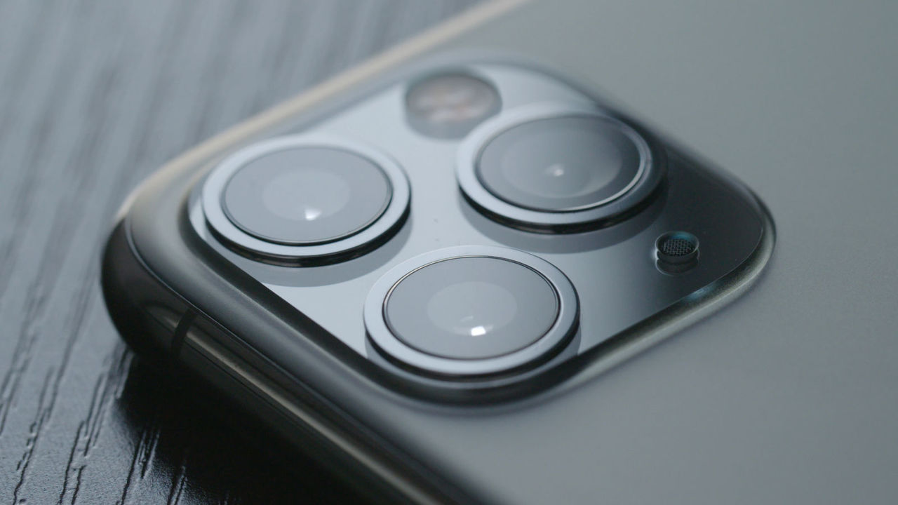 従来の1000分の1、薄いレンズが誕生! スマホカメラの「ポッコリ」がなくなるかも