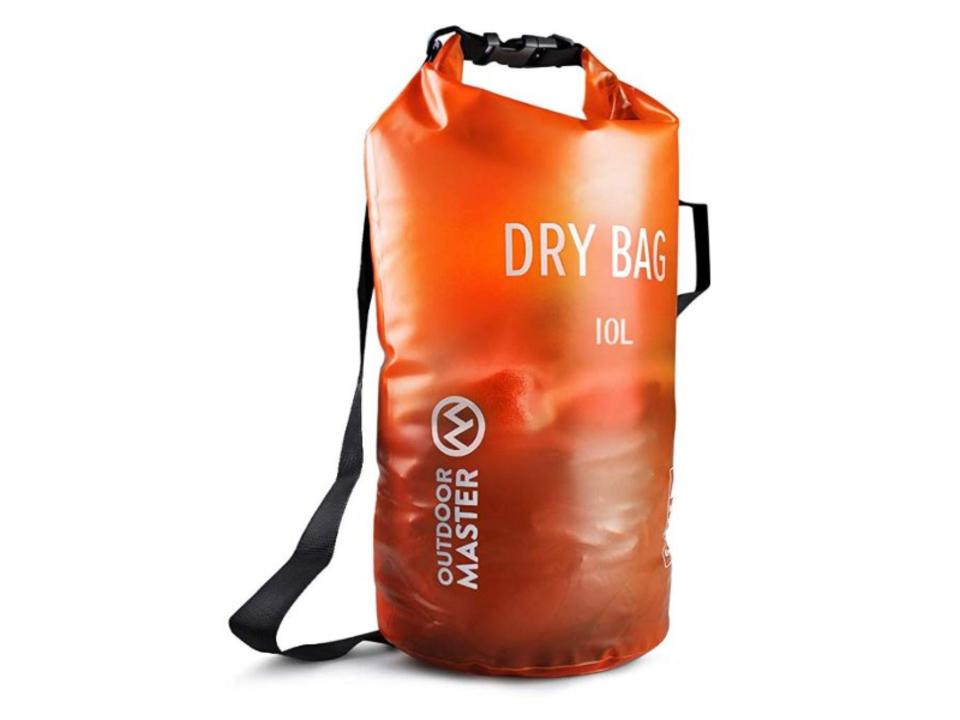 【きょうのセール情報】Amazonで期間限定セールが開催中! 800円台の4way防水バッグや1,000円台の体圧分散・低反発クッションがお買い得に