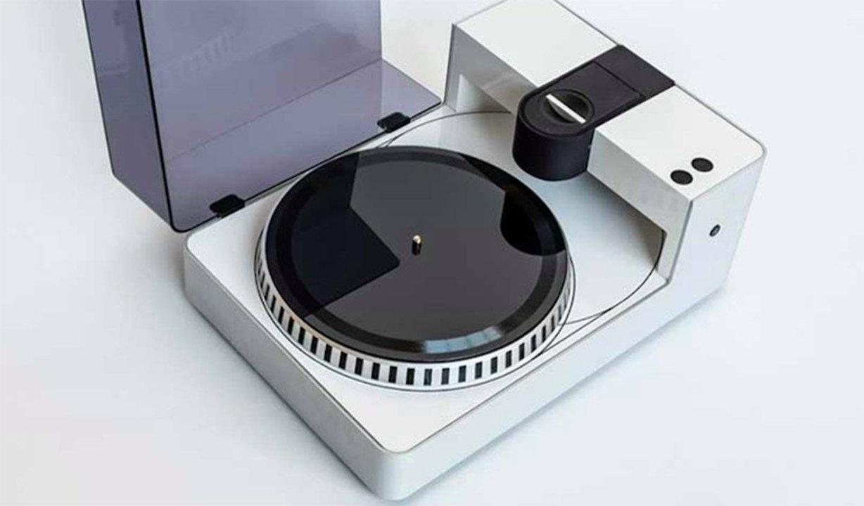 レコードファンの夢! 好きな音源をレコード盤に刻める「PHONOCUT」