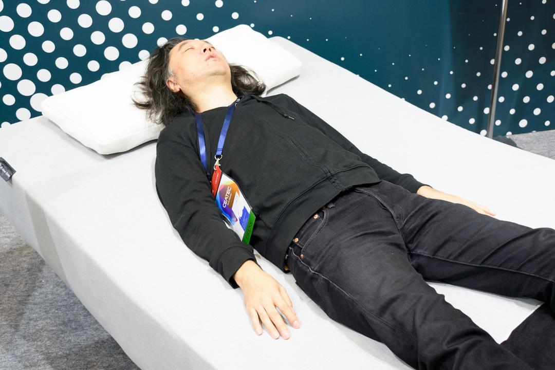 よりよい眠りには角度が重要。「Active Sleep BED」が異次元の心地よさ #CEATEC2019