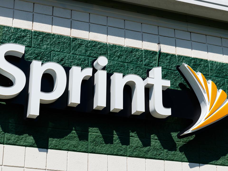 ソフトバンクは早すぎたのか。T-MobileとSprint合併が認められそう