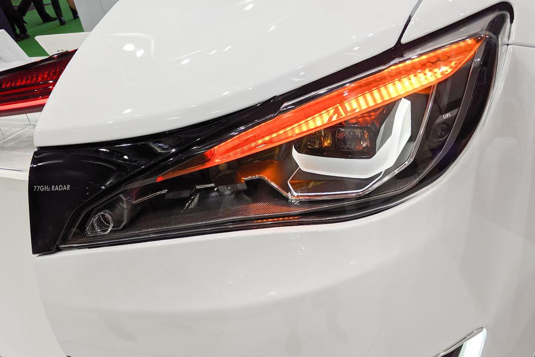 まさにクルマの眼。未来のヘッドライトはセンサーの塊だ! #東京モーターショー2019