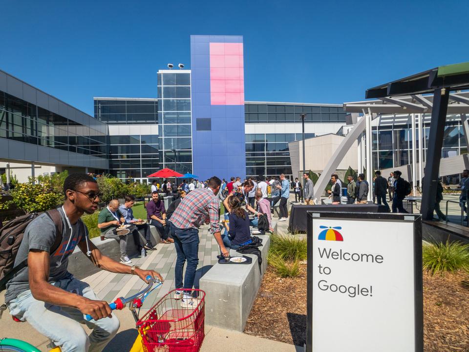 Googleが従業員活動の監視ツールを開発していると内部告発…