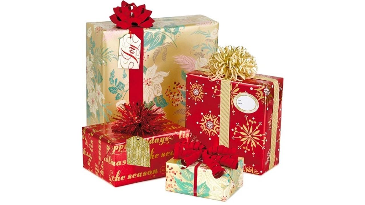 プレゼントを丁寧に包むのは時間のムダらしい