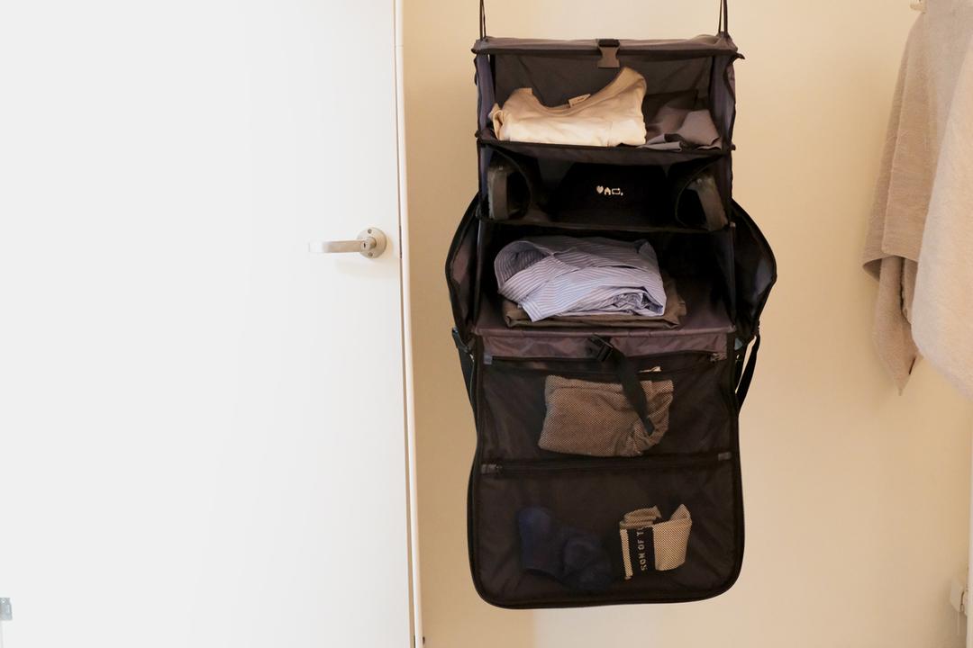 持ち歩くクローゼット。「The Weekender Bag」はパッキングがとっても楽