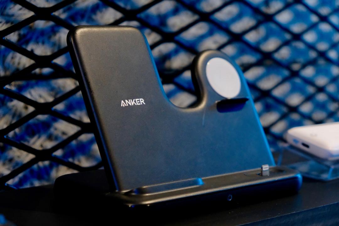 【価格について追記あり】Ankerの3in1充電器は「Apple三種の神器」を同時充電!しかも…安い!