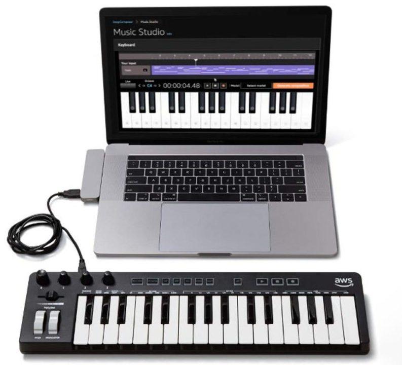 AWSが自動作曲のためのキーボードを発表。AIと一緒に作曲を学ぼう