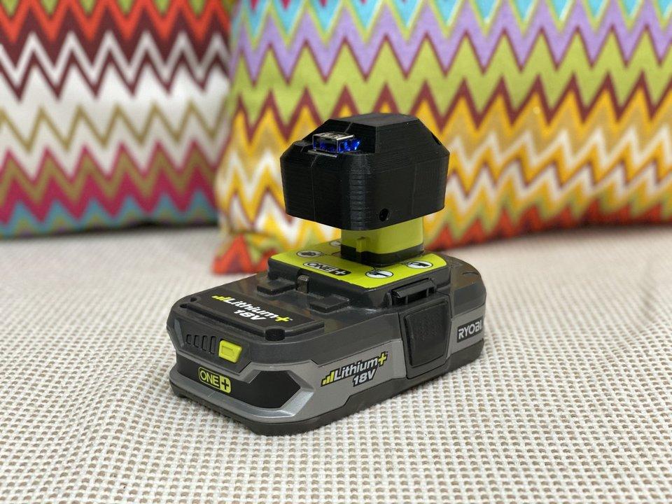 リョービのONE +充電池をUSB充電器にするアダプタ