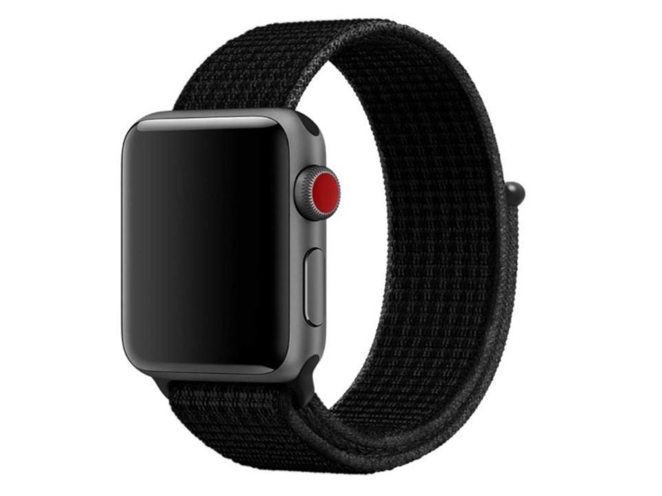 【きょうのセール情報】Amazonタイムセールで、600円台のApple Watch専用ナイロンバンドや1,000円台のマグネット式スマホ車載ホルダーがお買い得に