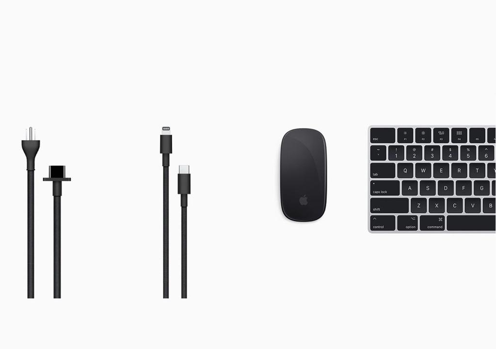 Mac Pro専用。ブラック&シルバーのマウスやキーボードが登場しました