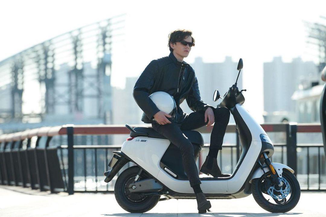 Segway-Ninebotから、電動バイクとモペッドが登場します