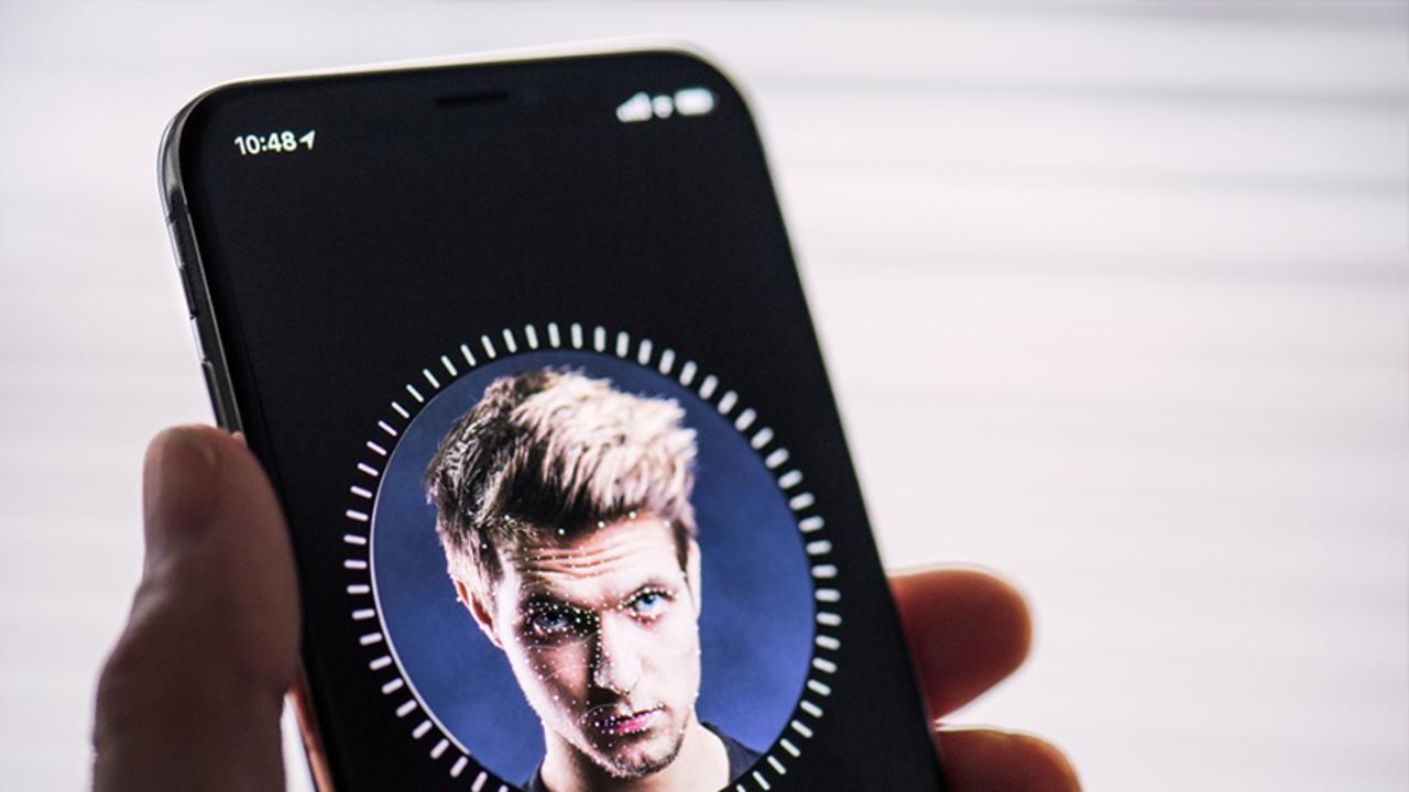 サンフランシスコ市職員、Face IDが理由で、iPhone一時使用禁止に…