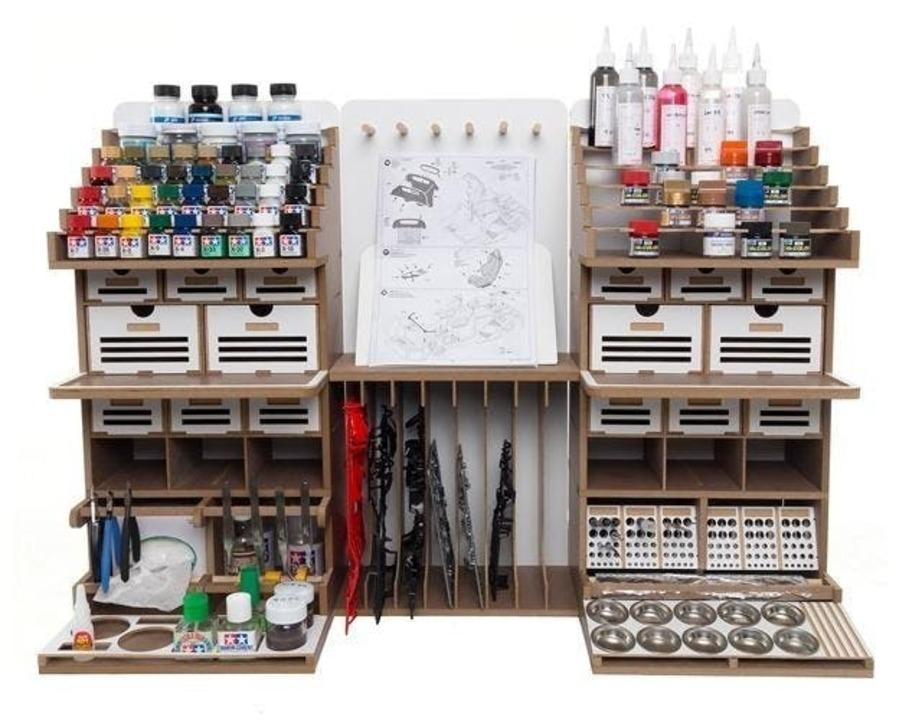 趣味の世界を充実させよう!プラモデル製作用ワークステーション「Artty Station」