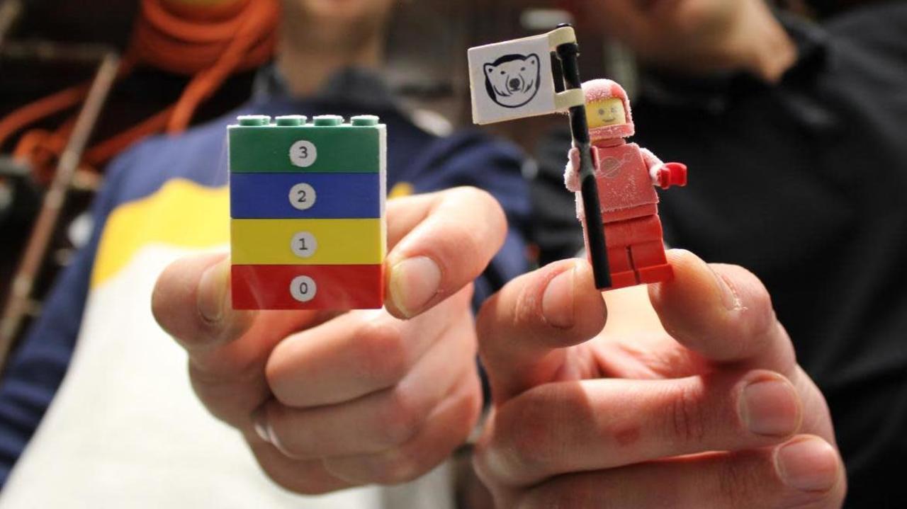 科学者がレゴを絶対零度近くまで冷やした理由:量子コンピュータのため