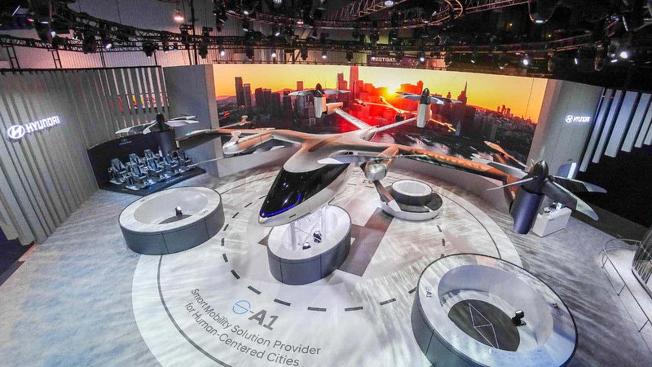 ヒュンダイとUberが空飛ぶタクシー開発で提携を発表 #CES2020