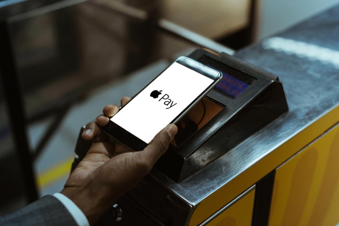 Apple Payのタッチ&ゴー、海外では二重課金のトラブルも…