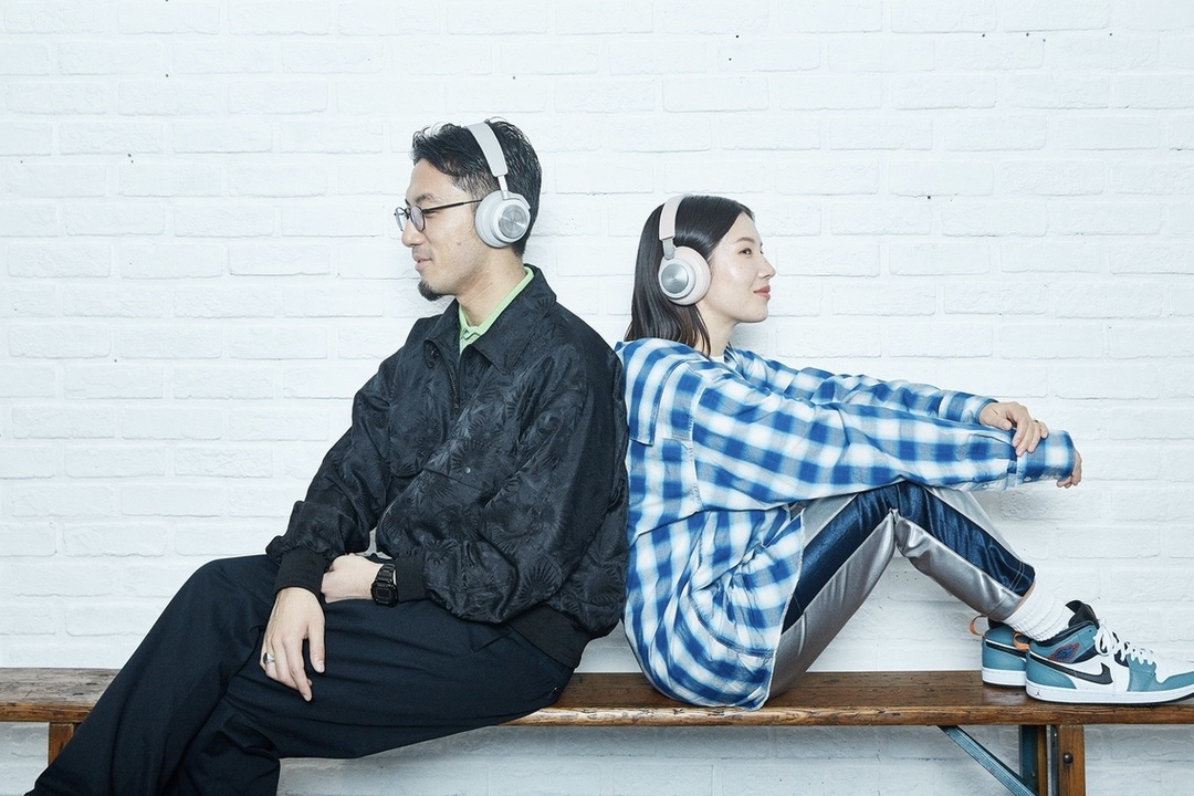 イヤホン複数持ちはあたりまえ。tofubeatsさんと菊乃さんに聞くBang & Olufsenの魅力