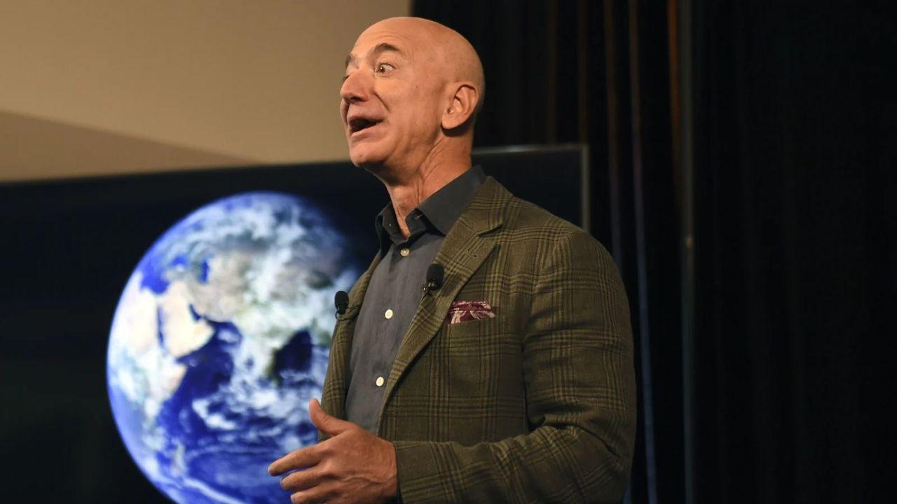 処分上等。350人以上のAmazon職員がクビの危険を冒してまで気候変動対策の失敗を糾弾