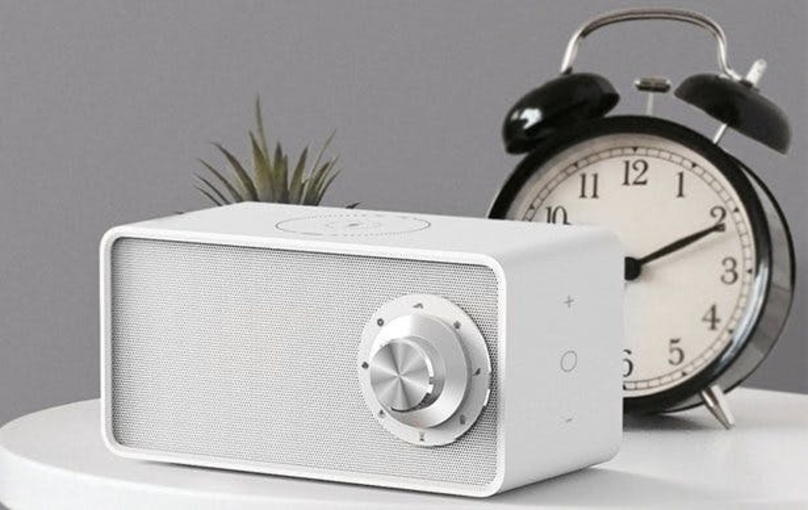 やさしい自然音で眠りを誘う。多機能ホワイトノイズスピーカー「Qualitell」