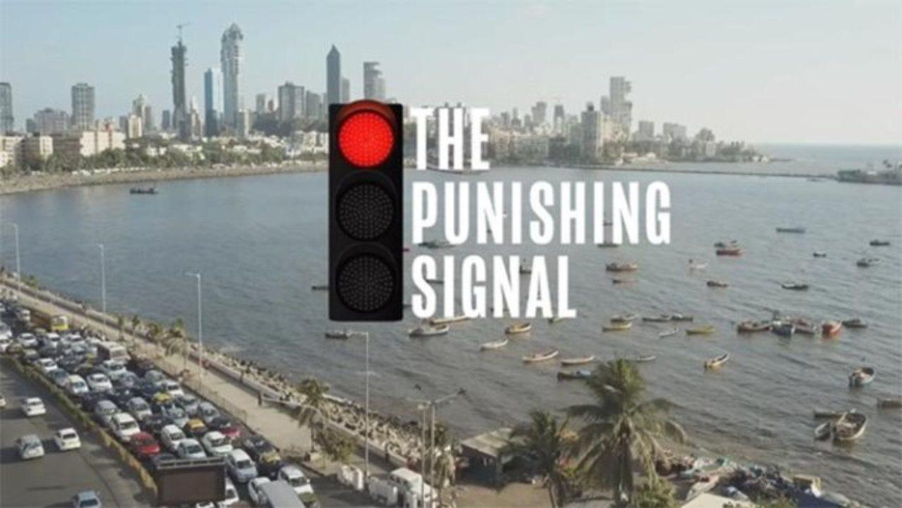 クラクションを鳴らしまくると、赤信号の時間がのびる「お仕置き信号」