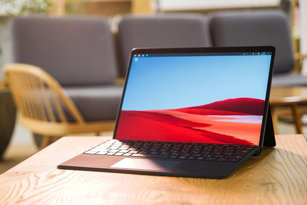 PCの万能さとモバイルの速さがついに融合:マイクロソフト「Surface Pro X」レビュー