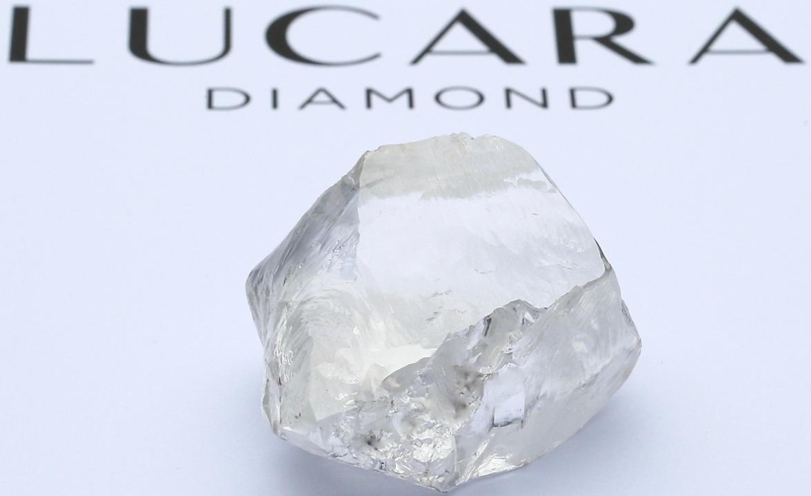 史上2番目の原石、最高値のダイヤに続き、549カラットのダイヤモンド発見。女性CEO連続快挙