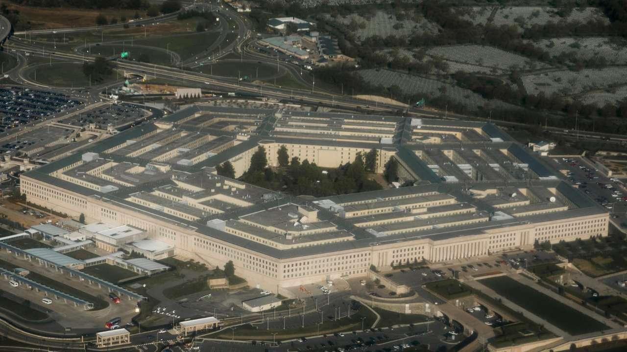 国防省のJEDI計画に新展開。アマゾンがマイクロソフトの勝利に待ったを ...