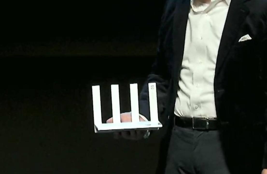 低ポリゴンの速いやつがさらに速く! 2Gbpsをまるまる通せるWi-Fi 6+ルーター「HUAWEI Wi-Fi AX3」#together2020