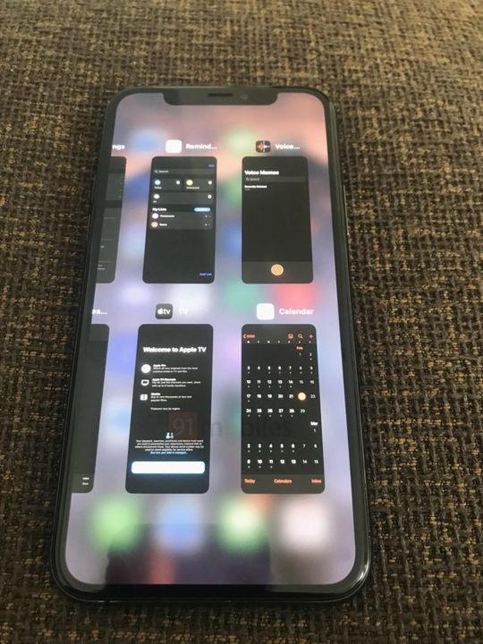 このUI使いやすいのかな? iOS14ではアプリ切り替え画面が変わるかも