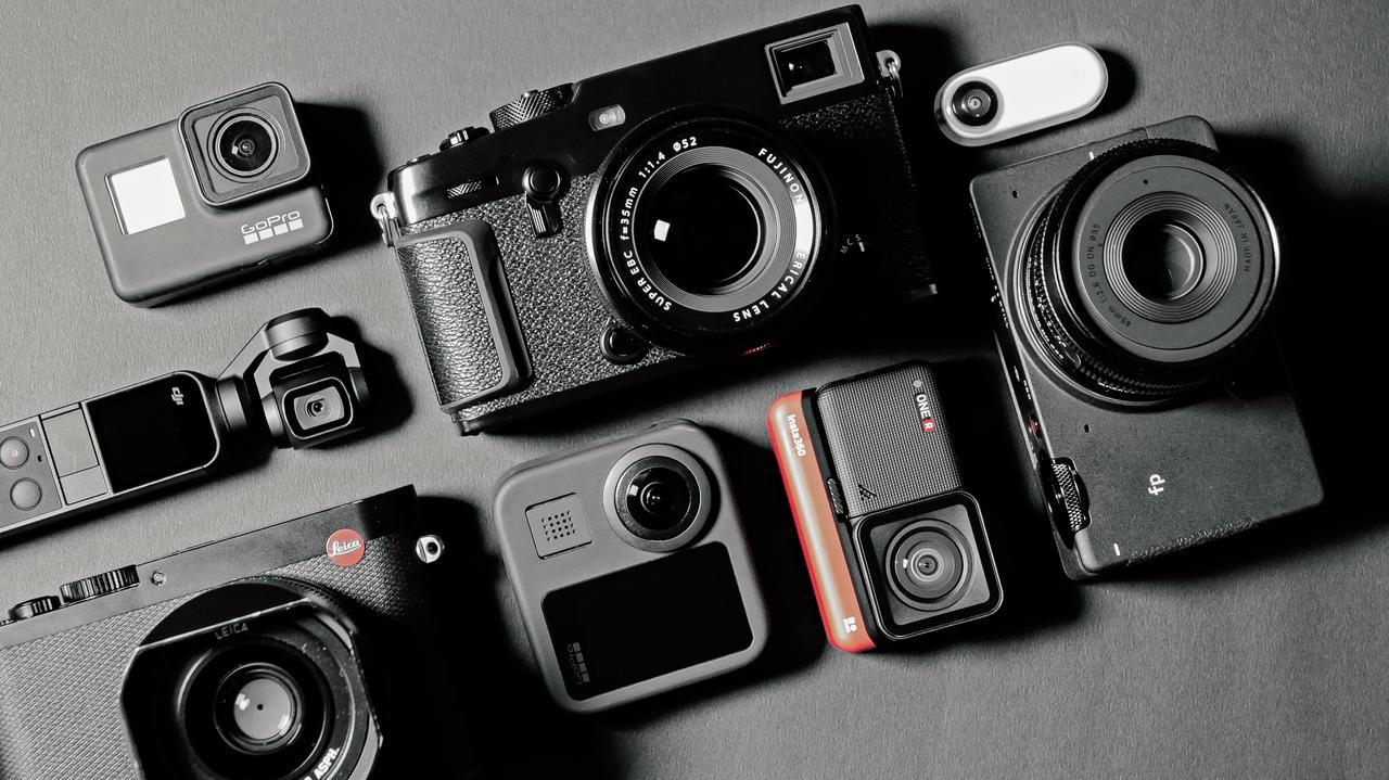「さよなら、プロっぽいカメラ:僕らはカメラをこう選ぶ」特集はじめます