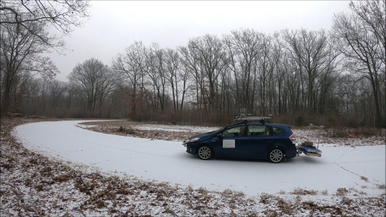 MIT、自律運転車のため積雪の下にある路面を「見る」地中探知レーダーを開発