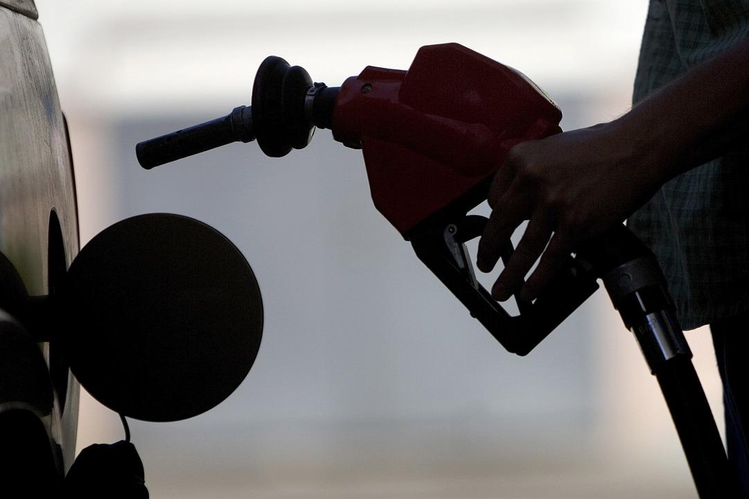 銀行も脱「化石燃料」。石炭・石油ガス採掘の融資を断る大手銀行が続々