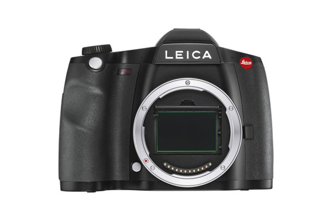 ライカの中判一眼レフ「LEICA S3」発表。貫禄の3ケタ万円です。
