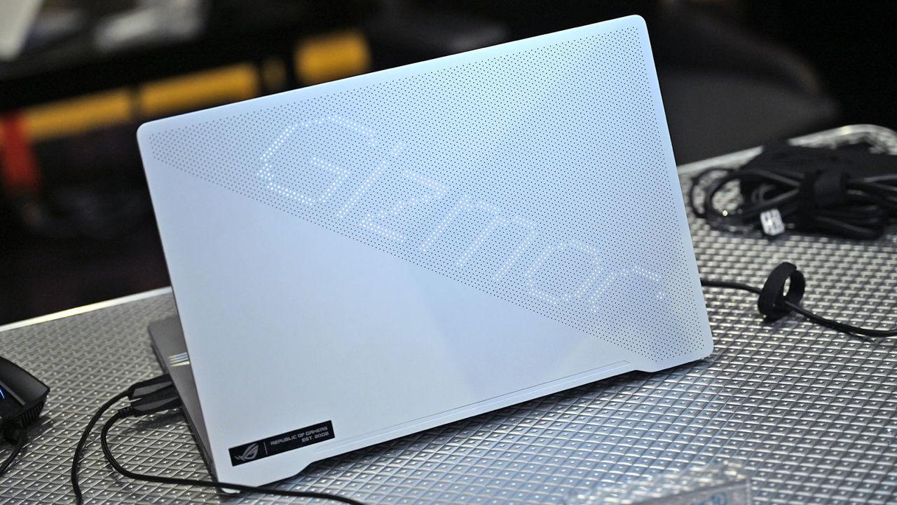 ついにインテルに真のライバルが!? AMDがモバイル向けプロセッサ「Ryzen 9 4900HS」「Ryzen 9 4900H」を発表