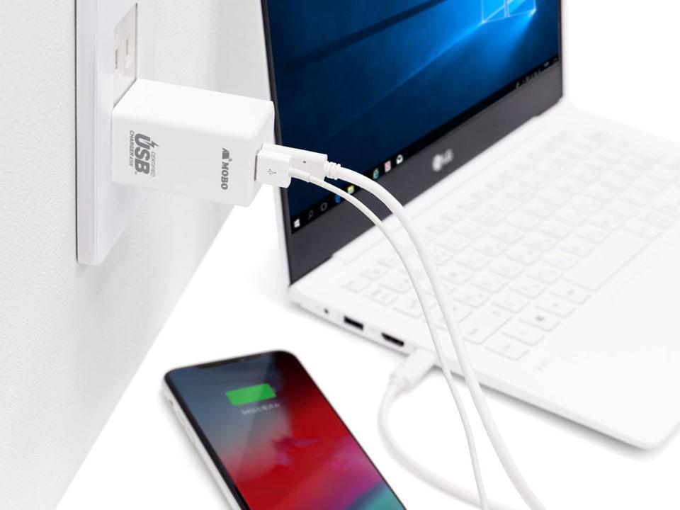USB AとUSB Cの2ポート、小型で45W出力の理想的なモバイル充電器。あとひと踏ん張りでパーフェクトでした