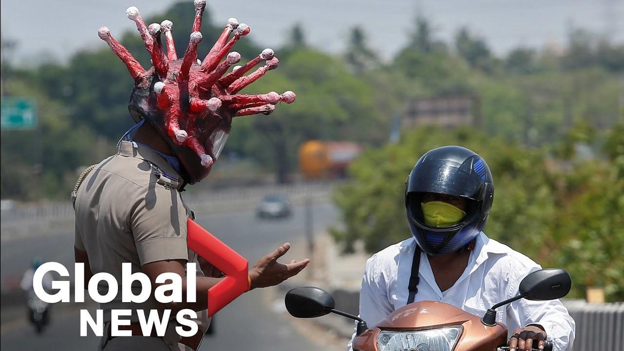 インドの警察、コロナウイルス型のヘルメットで注意喚起に努める