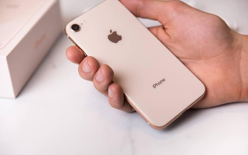 新iPhone SE(仮称)、明日にも海外発表? 3色/3容量モデルの噂