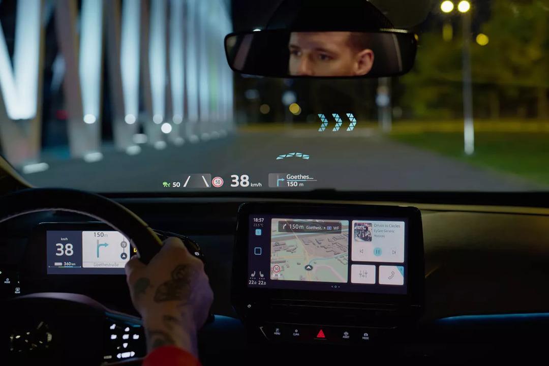 フロントガラスがARディスプレイになるフォルクスワーゲン「ID.3」の映像が公開