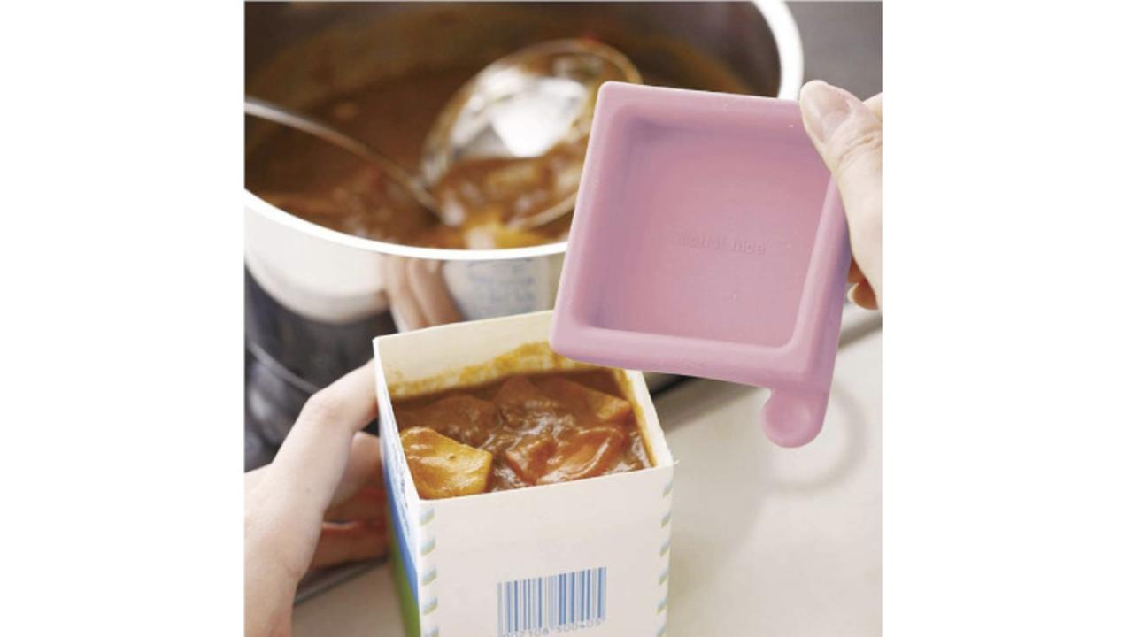 牛乳パックを保存容器にするシリコン蓋。ニオイがつく料理や冷凍の作り置きにも最適