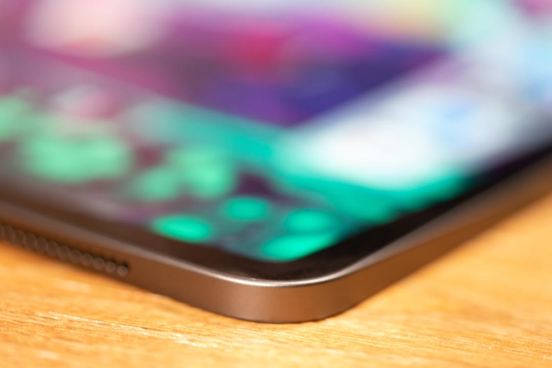 次期iPhoneはエッジが「iPad Pro」風に? 小型版HomePodやAirTagsの可能性も