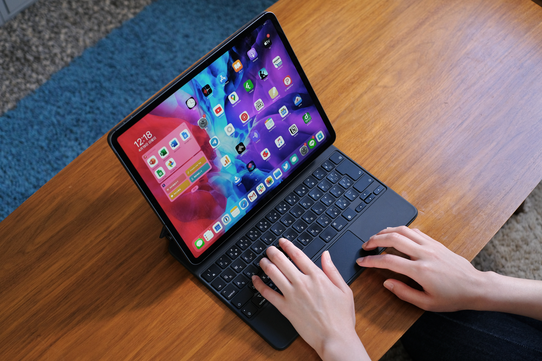 iPad Pro用「Magic Keyboard」ハンズオン:お仕事デバイスに進化するための矯正ギプス
